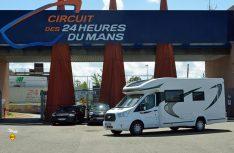 An berühmter Stätte: Der Chausson 630 in Le Mans. (Foto: det/D.C.I.)