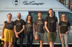 Das Management-Team hat gut Lachen: Die Sharing-Plattform für das Mieten und Vermieten von Campern und Wohnmobilen, hat eine Series A Finanzierungsrunde abgeschlossen und erhält ein Investitionsvolumen von sieben Millionen Euro. (Foto: PaulCamper)