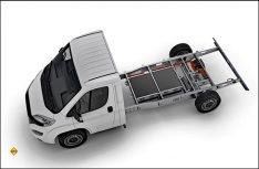 Das Al-Ko Hybrid Power Chassis bietet als Brückentechnologie in Zusammenspiel mit einem Verbrenner-Antrieb viele Vorteile wie Allradantrieb, Energiegewinnung und eine umweltfreundliche letzte Meile. (Foto: Al-Ko)
