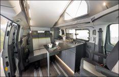 Der Dethleffs Globevan ist ein klassischer Campingbus mit Aufstelldach und vier Schlafplätzen. (Foto: Dethleffs)