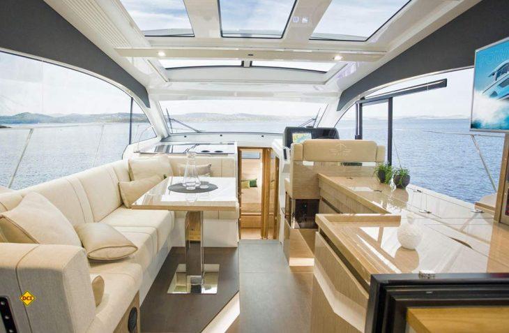 Die Polstermacher können nicht nur Reisemobil und Caravan: Für die See-Yachten der Hanse-Gruppe liefert G+S hochwertigste Ausstattungen. (Foto: Hanse Gruppe)