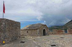 Die Festung Porto Palermo Castle in der Nähe von Himare in Südalbanien. (Foto: thw / D.C.I.)
