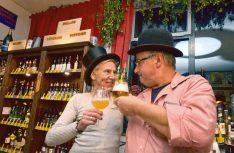 Artgerechte Bierhaltung im Kommprobier in Langenargen. (Foto: Blanz)
