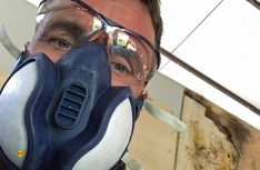 Wichtig bei Arbeiten mit GfK: Eine Atemschutzmaske, man kann nie wissen … (Foto: Schwarz)