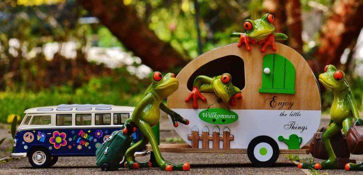Was ist besser? Reisemobil oder Wohnwagen? (Foto: pixabay.com/Alexas_Fotos)