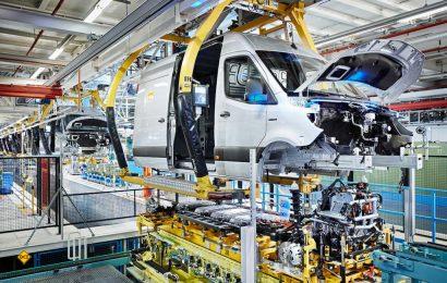 Das Mercedes-Benz Werk Düsseldorf feiert den Produktionsstart des Mercedes-Benz eSprinters. (Foto: Mercedes-Benz)