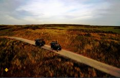 Sonnenaufgang startet die Eco-Safari Entdeckungstour per elektrischem Fahrzeug durch die Natur. (Foto; NBTC)