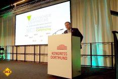 Der Geschäftsführer des BVCD Christian Günther forderte in seiner Rede Mut und Innovationskraft von den Campingplatzbetreibern. (Foto: tom / D.C.I.)