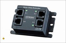 Der Solar Data Extender 3n1 von Votronic addiert vollautomatisch die Leistungsdaten von bis zu drei Votronic-Solarreglern auf und gibt sie in Summe an eine zentrale Solaranzeige. (Foto: Votronic)