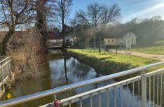 Idyllisch im Grünen an dem Flüsschen Gersprenz gelegen ist der neue Stellplatz im hessischen Babenhausen. (Foto: Gemeinde Babenhausen)