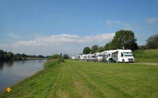 In Niedersachsen können Reisemobil-Stellplatze und Campingplätze unter strengen Auflagen ab 11. Mai wieder öffnen. Hier der TopPlatz Holzminden an der Weser. (Foto: TopPLatz)