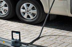 Hygienische Entsorgung ohne Sauerei: Das Entsorgungsmodul arbeitet vollautomatisch. (Foto: Thetford)