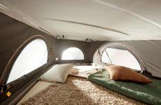 Alle Vans von Bürstner können mit einem optionalen Aufstelldach und zwei Schlafplätze erweitert werden. (Foto: Bürstner)