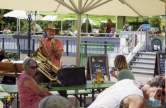Distance-Show mit Tischmusik. (Foto: S. Blanz)