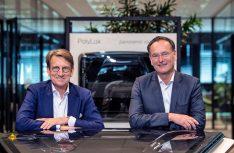 Jan Cees Santema (links) löst Jan Peter Venneman in der Geschäftsführung von Polyplastic ab (Foto: Lippert LCI)