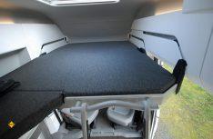 Bequem und einfach ausziehbar: Das optionale Dachbett mit Aufstiegsleiter. (Foto: det / D.C.I.)