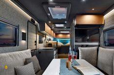 Gediegener Luxus mit pfiffigen Detaillösungen und ein modernes Innendesign kennzeichnen das Interieur des iSmove. (Foto: Niesmann)