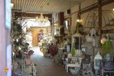 In Arendsee können Besucher nicht nur gut speisen, sondern auch gemütlich einkaufen. Hier im Geschenkeladen der Familie Goyer. (Foto: det / D.C.I.)