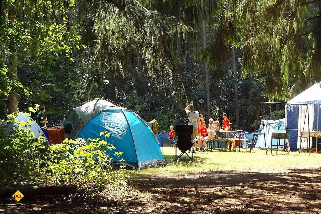 Camping ist ein tolles Erlebnis für Familien mit Kindern und Jugendgruppen. (Foto: Brahmsee; pixabay.com)