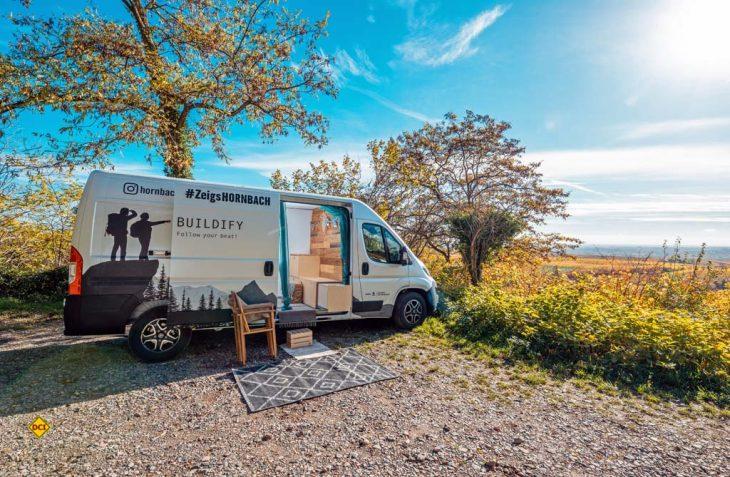 Die Eigenmarke Buildify von Hornbach bietet Campingboxen zum Selbstbau für alle gängigen Transporter an. (Foto: Hornbach)