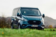 Mit dem Modell Coppa hat Bürstner erstmals einen Van mit Aufstelldach auf Ford Basis im Programm. (Foto: Bürstner)