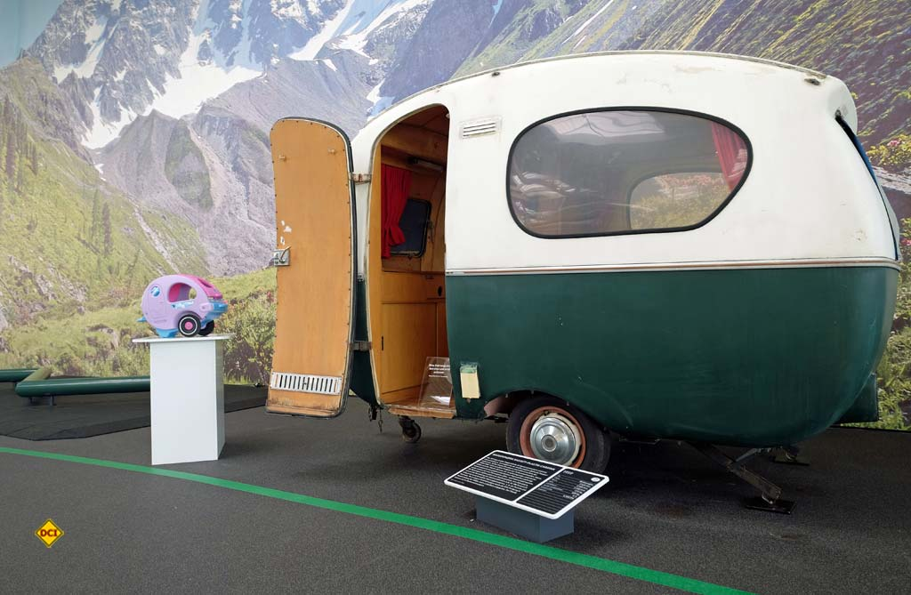 Kunststoff-Aufbau: Der Rastatt Plastik-Caravan aus dem Jahr 1960. (Foto: Erwin Hymer Museum)