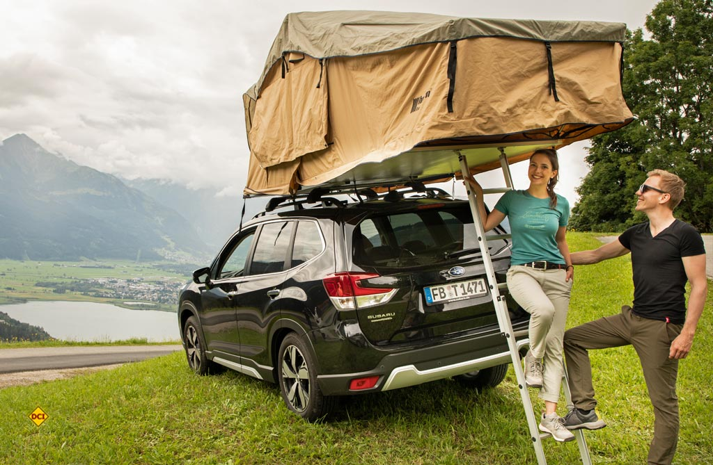 Viele Extras: Vorzelt mit wasserdichtem Vorzeltboden, Moskitonetze, eine 80-Millimeter-Kaltschaummatratze, isolierter Zeltboden sowie ein Regenschutz sind dabei. (Foto: Subaru)