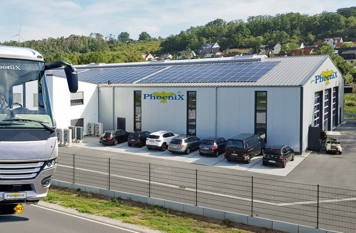 Der Reisemobilhersteller Phoenix erweitert seine Produktionsfläche um eine ökologische Fertigungshalle. (Foto: Phoenix)