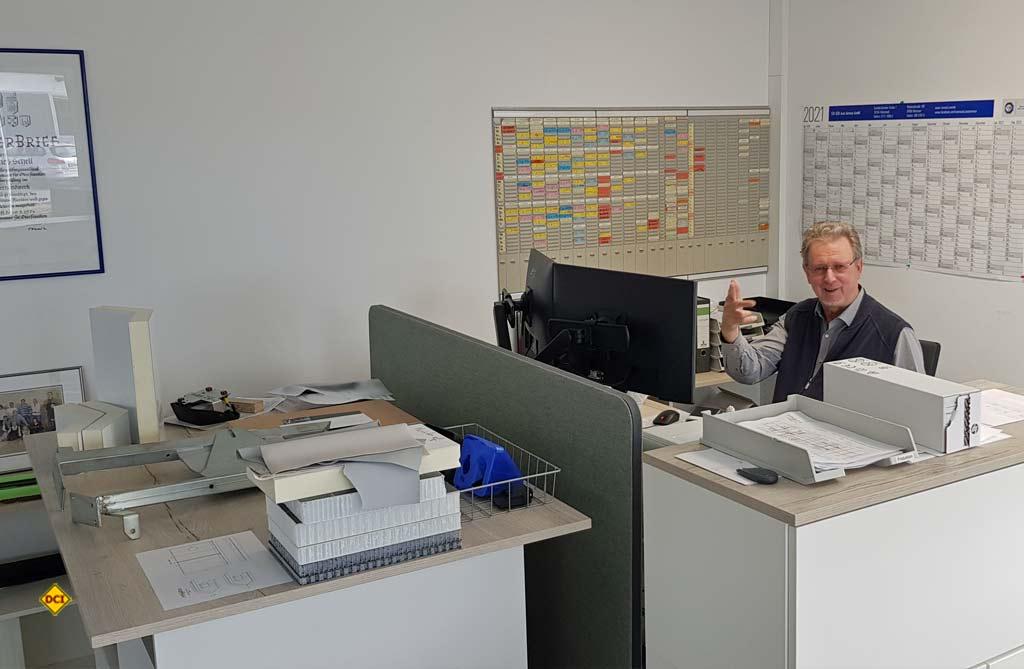 Im Neubau wurde auch ein Bürotrakt mit Kantine und Sozialräumen erstellt, in dem die Entwicklung, Konstruktion, Arbeitsvorbereitung und Disposition untergebracht sind. (Foto: Phoenix)