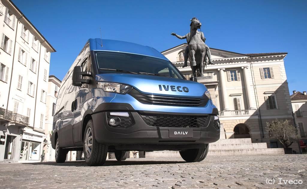 Rückruf des Kraftfahrtbundesamt: Fahrzeuge der Iveco Daily-Reihe sollen eine Aktualisierung des Datensatzes im Motorsteuergerät erhalten. (Foto: Iveco)