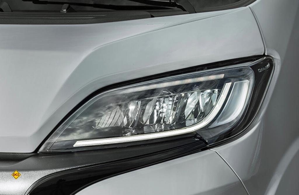 Voll-LED-Scheinwerfer kennzeichnen den Moelljahrgang 2022 des Fiat Ducato. (Foto: Fiat)