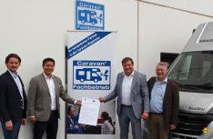 Startschuss für die Zusammenarbeit con CIVD und ZKF: (v. l.) in Bad Nauheim: Tim Rüttgers (Referent Technik und Umwelt beim CIVD), Daniel Onggowinarso (CIVD-Geschäftsführer), Thomas Aukamm (ZKF-Hauptgeschäftsführer), Robert Ziegler (Referatsleiter Berufsbildung und Nachwuchsförderung im ZKF) (Foto: CIVD)