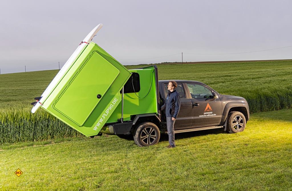 Mit dem Queensize Camper Flip 90 präsentiert ICC-Offraod eine pfiffige Pick Up Lösung. (Foto: VWN)