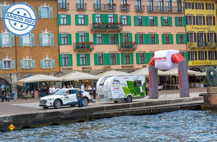 Es ist geschafft: Dethleffs hat mit der E.Home Alpen Challenge einen erfolgreichen Praxistest für den ersten elektrisch angetriebenen Caravan absolviert. (Foto: Dethleffs)